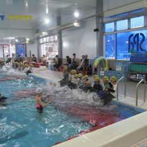 着衣水泳体験会を実施しました。